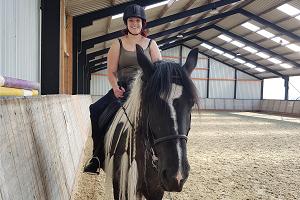 Nienke paard 300x200